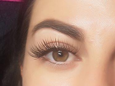Logan Eye Lash Extensions - Brisbane Lash Extensions - Spray